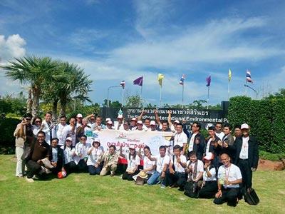 ร่วมนำคณะผู้นำชุมชน เกษตรกรทั่วประเทศ ศึกษา ดูงาน และเปิดเวทีแลกเปลี่ยนเรียนรู้ จากโครงการตามพระราชดำริ จังหวัด เพชรบุรี