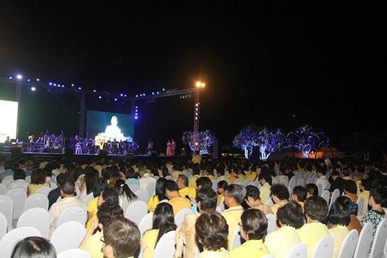"""""""วนาสินธุ์"""" งานดนตรีเฉลิมพระเกียรติ และส่งความสุขปีใหม่ให้กับพี่น้องชาวไทย"""